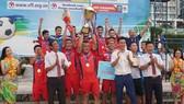 Khánh Hòa vô địch năm 2019, nhưng ngay sau đó HLV trưởng đội này bị cấm hành nghề 2 năm vì hành vi dàn xếp tỷ số