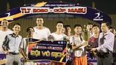 Đội Đà Nẵng trong niềm vui giành Cúp vô địch. Ảnh: DŨNG PHƯƠNG