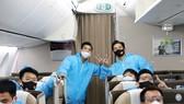 Đội tuyển Việt Nam được bố trí ngồi khoang riêng trên máy bay từ UAE về TPHCM. Ảnh: ĐOÀN NHẬT