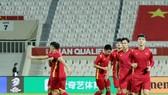 ĐT Việt Nam tập làm quen sân thi đấu Sharjah tối 6-10