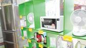 Bình ổn thị trường thiết bị điện tiết kiệm năng lượng - Áp dụng nhiều giải pháp đồng bộ