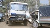 Đà Lạt: Xe chở bùn tông xe tải, ô tô lao dốc cán xe máy