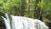 Ra Phú Quốc tắm suối