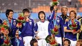 Chung kết môn bóng đá nam: Nhật Bản lần đầu tiên lên ngôi