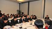 Đại hội Đảng lần thứ XI - Các đại biểu tiếp tục thảo luận các văn kiện