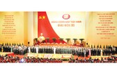 Thông qua Nghị quyết Đại hội lần thứ XI của Đảng và Điều lệ Đảng sửa đổi, bổ sung