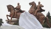 Triều Tiên khánh thành tượng đồng cố chủ tịch Kim Jong-il