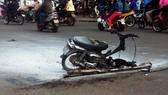 Gia Lai: Tông ô tô, xe máy bốc cháy trên đường phố