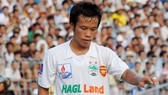 Thonglao: Sứ giả bóng đá Việt - Thái