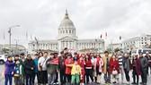 Visa Mỹ: Hơn 300 khách đậu