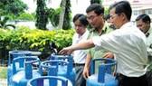 Làm sao hạn chế gas chiết lậu?