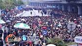 Thời tiết xấu ở Trung Quốc: Hàng trăm ngàn khách đi tàu bị kẹt
