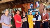 Ngân hàng tạm ứng 100 triệu cho vợ nạn nhân Thủy điện Rào Trăng 3 bị lừa đảo