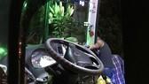 Gia Lai: Côn đồ chặn xe, tấn công tài xế xe khách trong đêm