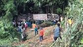 Hiện trường vụ tai nạn xe khách lao xuống vực ở Kon Tum, sáng nay 11-7-2020.
