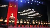 Chủ tịch UBND TP Đà Nẵng trao 19 Huân Chương Bảo vệ Tổ quốc hạng Ba cho các cá nhân có thành tích xuất sắc trong quá trình xây dựng vào bảo vệ tổ quốc