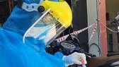 Việc bắt buộc cách ly y tế tập trung 21 ngày tự trả phí sẽ bao gồm chi phí xét nghiệm SARS-CoV-2