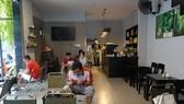 Đường phố Đà Nẵng ngày mở cửa phục vụ tại chỗ