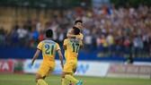 Niềm vui chiến thắng của các cầu thủ Thanh Hoá. Ảnh: MINH HOÀNG