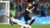 Ante Rebic vụt sáng sau bàn thắng vào lưới Argentina. Ảnh: Zimbio