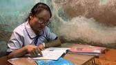Cô bé ước mơ vào đại học được học bổng 4 năm đại học