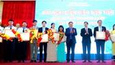 Các tập thể và cá nhân được vinh danh tại Hội nghị điển hình tiên tiến của Công ty Yến Sào Khánh Hòa