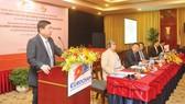 Chủ tịch UBND TPHCM Nguyễn Thành Phong phát biểu tại buổi đối thoại với doanh nghiệp EuroCham. Ảnh: CAO THĂNG