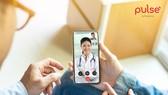 Người dùng có thể thăm khám sức khỏe từ xa với các bác sĩ, chuyên gia y tế hàng đầu thông qua một chiếc điện thoại thông tin có cài đặt ứng dụng Pulse by Prudential
