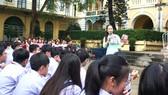 """""""Giờ đọc hạnh phúc"""" tại Trường THPT chuyên Trần Đại Nghĩa"""