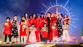 """""""Tết Ánh Dương"""" - chương trình truyền hình đặc sắc cả về phần nghe, phần nhìn, gây ấn tượng mạnh mẽ đối với khán giả dịp Tết Nguyên Đán năm 2021"""