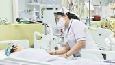 Một bệnh nhân ngộ độc botulinum đang điều trị tại Bệnh viện Nhân dân 115
