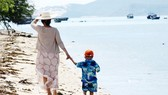Ngày về bên mẹ…
