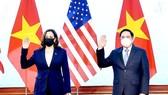 Thủ tướng Phạm Minh Chính tiếp Phó Tổng thống Hoa Kỳ Kamala Harris. Ảnh: VIẾT CHUNG