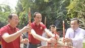 Dâng hương kỷ niệm 60 năm Ngày thành lập Mặt trận Dân tộc giải phóng miền Nam Việt Nam