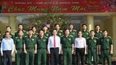 Đoàn lãnh đạo TPHCM thăm, chúc tết các đơn vị quân đội