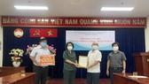 Tỉnh Hà Tĩnh hỗ trợ TPHCM 2 tỷ đồng phòng, chống dịch Covid-19