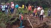 Lực lượng chức năng tìm thấy thi thể 2 nạn nhân vào sáng 13-10