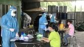 Bình Phước xét nghiệm cho 50.000 người lao động trong khu công nghiệp.