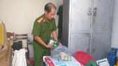 Đà Nẵng: Phát hiện hàng chục gói hạt nêm giả sắp tuồn ra thị trường