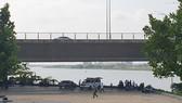 Nơi phát hiện chiếc vali nằm tại khu vực phía đông cầu Trần Thị Lý