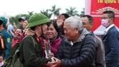 Hơn 1.000 thanh niên Đà Nẵng hăng hái lên đường nhập ngũ