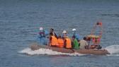 Cứu 13 ngư dân thoát chết trên vùng biển Đà Nẵng