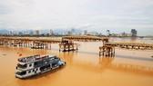Người dân Đà Nẵng hào hứng xem cầu Nguyễn Văn Trỗi nâng nhịp