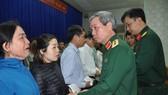 Thượng tướng Đỗ Căn thăm hỏi, động viên thân nhân cán bộ, chiến sĩ Đoàn Kinh tế - Quốc phòng 337 hy sinh