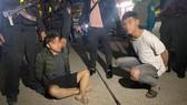 Đà Nẵng: Bị truy đuổi, 2 đối tượng phóng dao vào cảnh sát