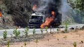 Vụ cháy xe tải đã làm thiệt hại hàng trăm triệu đồng