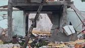 Ngôi nhà gần như bị hư hỏng hoàn toàn sau vụ nổ