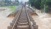 Tuyến đường sắt Bắc - Nam qua địa phận tỉnh Quảng Nam bị sạt lở, ngập nặng nhiều nơi