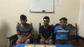 Bắt 3 đối tượng vận chuyển 30.000 viên ma túy từ Lào về Việt Nam