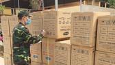 Bắt giữ 95.000 khẩu trang không rõ nguồn gốc ở khu vực biên giới